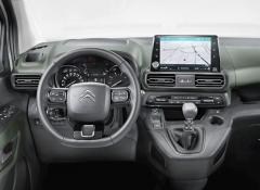 Berlingo, Combo Life i Peugeot dostaly přepracovanou palubní desku sdotykovým displejem
