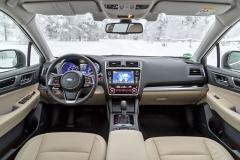 Nové uspořádání ovladačů na volantu je přehlednější a odpovídá modelům Impreza a XV