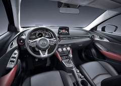 2017cx3-geneva-interior-black2 122223