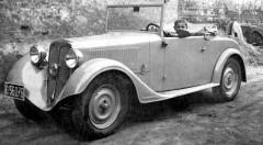 Patrně v roce 1934 dostal první vůz Hara moderněji tvarovanou příď karoserie