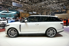 Ručně stavěný Range Rover SV Coupé