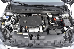 Zcela nový kompaktní vznětový motor omlazenému Peugeotu skutečně sluší