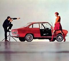 DAF 55 Coupé (design Michelotti) se představil na Ženevském autosalonu 1968