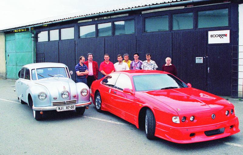 Původní tým Ecorra zroku 1997, Ing.Vítězslav Hinner čtvrtý zleva, (foto: Milan Olšanský).