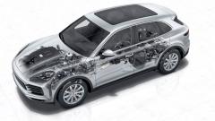 Třetí generace Porsche Cayenne jepostavena napodvozkové platformě MLB evokoncernu Volkswagen