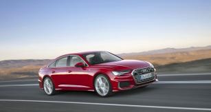 Audi A6 je evolucí svého typického stylu, jenž má nyní navíc několik ostrých linek. Výrazná jsou čidla v masce chladiče