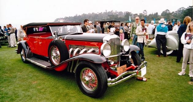 Nádherný osmiválec Duesenberg model J jako Tourer Denham Style (model 1930)