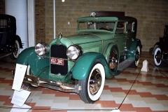 Duesenberg modelX, vzácný exemplář osmiválce 74 kW (100 k), celkem vyrobeno jen 13vozů v roce 1927