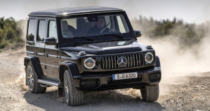 Vrcholná verze Mercedes-AMG G 63 dokáže být překvapivě rychlým vozem nejen na vozovce s nezpevněným povrchem, ale také na silnici