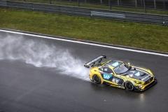 V cíli druhý Mercedes-AMG GT3 týmu Black Falcon, v závěrečném stintu seděl za volantem Brit Adam Christodoulou