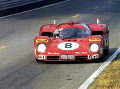 Dvojice Clay Regazzoni/Arturo Merzario neuspěla ve 24 h Le Mans 1970, Clay skončil vhromadné havárii tří vozů Ferrari 512S