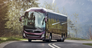 Nový autobus Volvo 9900