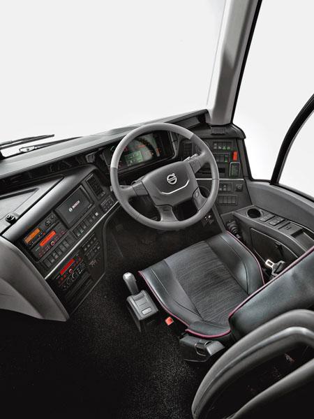 Pracoviště řidiče Volvo 9900