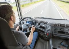 Ovládání elektrického tahače DAF CF je shodné sběžným vozidlem