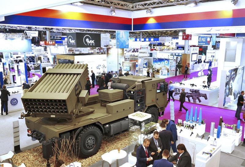 Raketomet BM 21 MT 4x4 na podvozku TATRA