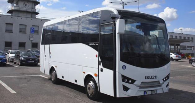 Autobus Isuzu Novo Ultra