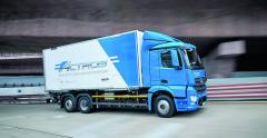 Vsúčasnosti sa Daimler snaží uplatniť natrhu vbežnej prevádzke tiež ťažší elektronákladiak eActros.