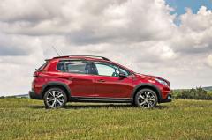 Peugeot 2008 figuruje na trhu již dlouhých pět let, ale pořád vypadá celkem moderně