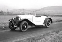 Dvoumístný sportovní roadster Tatra 17 s krátkým rozvorem náprav z roku 1927