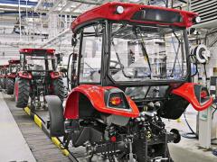 Výrobní linka traktoru Major v Brně