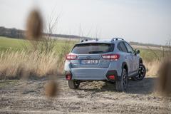 Zásluhou světlé výšky 220mm se Subaru XV neztratí ani v terénu. Zde může pomoci irežim X-Mode
