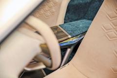 Velké prosklené plochy, opticky zdůrazněné blatníky a velká kola jsou hlavními rysy konceptu Vision iNEXT