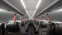 Světlému a prostornému interiéru dominuje zjevné pohodlí velmi kvalitních sedadel