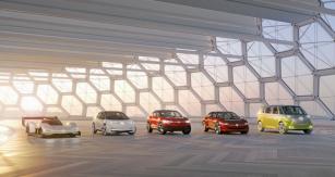 Základní rodinu budoucích modelů ID. Volkswagen představil formou konceptů. Zleva: I.D. (2020), I.D. Crozz (2020), I.D. Vizzion (2022), I.D. Buzz (2022)