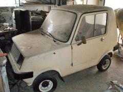 Jeden z přeživších vozů Sado 550