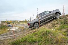 Zkoušené vozy překvapily svými schopnostmi vnáročném terénu