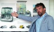 """""""Sběr informací, jejich analýza ainterpretace – to jsou tři různé, ale stejně důležité asložité kroky,"""" říká Paul Daintree, šéf designu automobilky Renaut Trucks."""