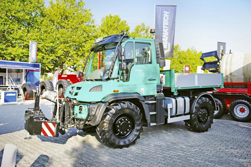 Unimog U430 homologovaný jako traktor