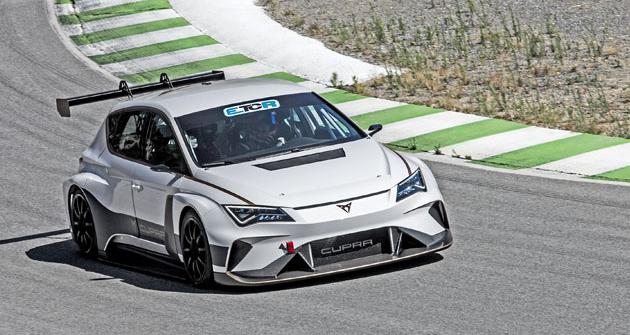 Vypadá takto budoucnost závodních cestovních vozů? Uvidíme po roce 2020...