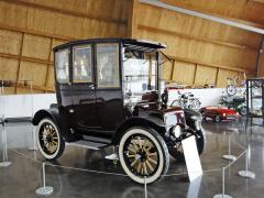 Baker Electric model 1911, jeden znejúspěšnějších amerických elektromobilů, vyráběný vletech 1899– 1916