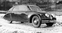 Aerodynamická Tatra 77 smotorem V8 v zádi byla senzacísezóny 1934