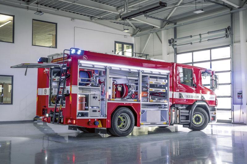 Deset nových vozidel zakoupil pražským hasičům magistrát hlavního města za100 milionů korun!