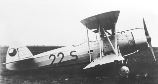Prvorepublikový dvouplošník Praga E 141 se zastavěným motorem ZOD-260.