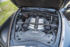 Dvanáctiválec má tradiční objem 6,75 litru a jeho původ je v BMW M760Li