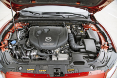 Kromě zkoušené verze s výkonem 110 kW (150 k) nabízí Mazda i o 25 kW výkonnější provedení