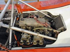 První Spider se dochoval s motorem Š 1800 OHC, který s dvojicí dvojitých karburátorů Weber dává výkon 113 kW (154 k)