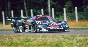Vítězný Sauber C9 Mercedes posádky Jean-Louis Schlesser /Jochen Mass dosáhl v Brně průměrné rychlosti 171,175 km/h