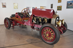 American LaFrance byla značka vyrábějící vletech 1873–2014 hasičskou techniku. Konstruktéři využili výkon a trvanlivost šestiválců Simplex (14,5 litru; 105 k) apřestavěli hasičská šasi na závodní automobily. Tento Model 12 Speedster Simplex (1914), nalezený v 60. letech, jejediný v Evropě