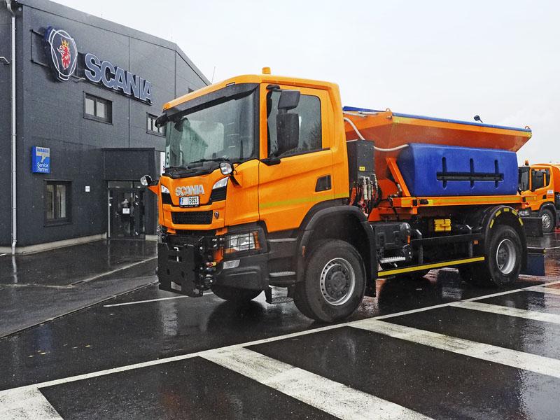 Scania P 370 B4x4 HZ pro zimní údržbu komunikací snástavbou KOBIT