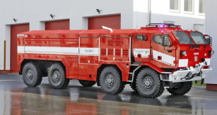Hasiči převzali nové speciály Tatra