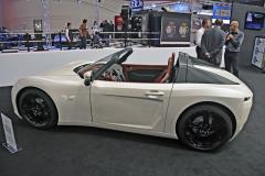 Pariss Roadster Monomotor je úhledný drobný dvoumístný automobil