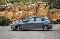 """Oproti předchůdci vypadá nová generace více jako hatchback než MPV. Základní verze postavené na kolech o velikosti 16"""" nabízejí špičkový součinitel odporu vzduchu, jen 0,24"""