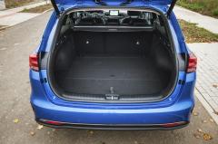 Základní objem prostoru pro zavazadla 625 litrů je rekordem v segmentu kombi nižší střední třídy