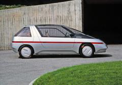 Studie jednoprostorového vozu Orbit se čtyřmi sedadly a třemi dveřmi, podvozkové díly VW Golf Syncro 1.8 spohonem všech kol (1986)