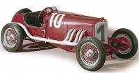 První velký úspěch kompresorem přeplňovaných motorů Mercedes zaznamenal vůz s kompresorovým dvoulitrem na závodu Targa Florio v roce 1924.