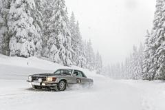 Mercedes SLC z roku 1972 je poháněn vidlicovým osmiválcem o objemu 3,5 litru. Vítěz letošní soutěže, Alexander Deopito